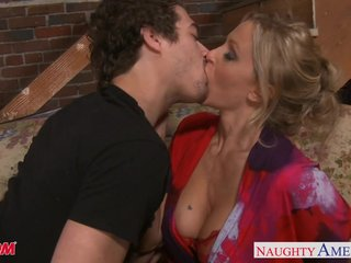 Beauty old woman Julia Ann gets big tits jizzed