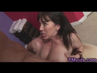 Hot massage close by Rayveness