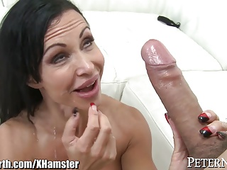Huge Tits MILF Precious stones Hollow out gets Chubby Bartender Bushwa