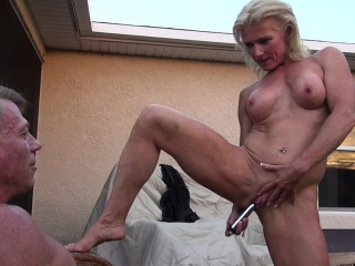 Mature Mandy Masturbates Be advisable for The brush Person