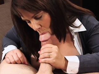 Broad in the beam heart of hearts milf pounded at the end of one's tether scalding sprocket guy to secure extra cash
