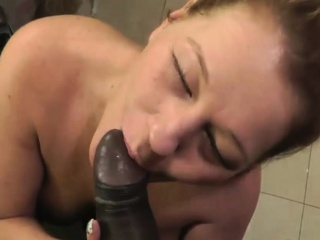 maxcuckold.com Cheating Wife Giving Blowjob To Black Hooey
