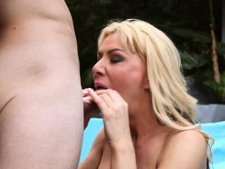 Female parent sucking cock for a snack of cum