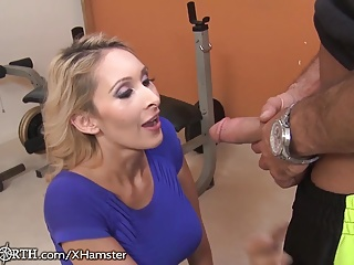 Stepmom Seduces her stepson at be transferred to Gym