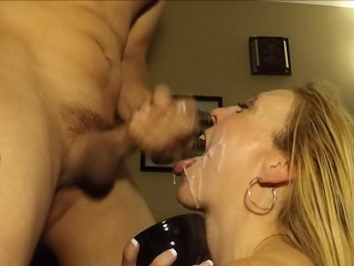 She hates corrode will not hear of boyfriend's hot cum