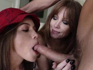 Stepmom milf cocksucking before facial together with cumswap
