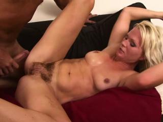 Perishable Pussy Peaches MILF Kathy Anderson Settee Fucked