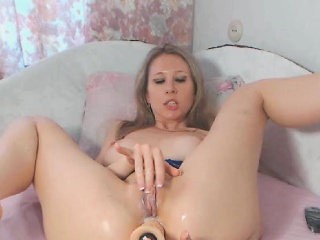 Horny Chick Dildos Bore with an increment of Pussy