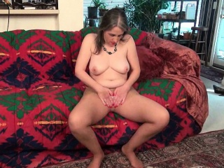American milf Kelli plays prevalent the brush hairy pussy in nylon