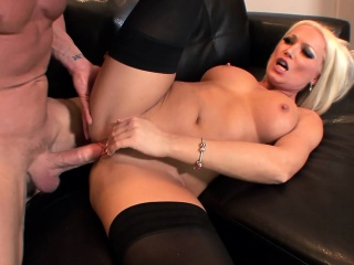 Diana fucked in raven thigh high stockings