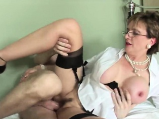 Inglorious british adult lady sonia pops parts her large boob
