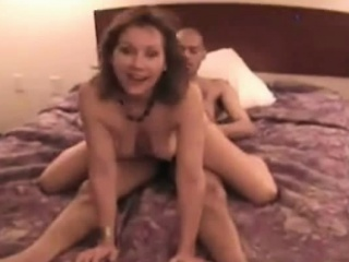 Amateur wife premier all over a hotel room