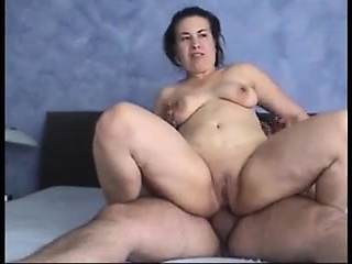 Dick-slurping young unladylike moans while bouncing on a huge pin