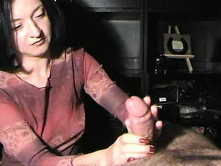 Taking brunette sends her trotters energetic their magic aloft a di