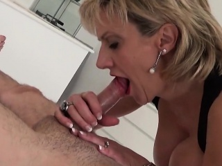 Adulterous english milf gill ellis exposes her Herculean boobi