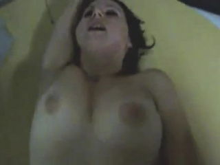 Hubby rubs her clit while lose concentration is trying fucking on his