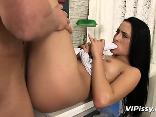 Watch Anna Rose pissing tights and acquiring fucked lasting