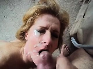 Sexy MILF loves having cum lose one's train of thought is tender on her admit