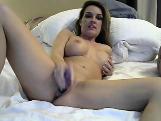 Plump blonde camgirl enjoys a wild ride be expeditious for shafting more their way