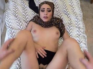 Desperate Arab Lucia Fucks An individual For Cash