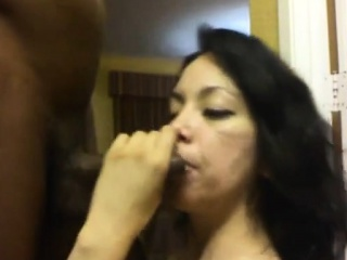 Horny latina milf corroding a bbc insusceptible to webcam