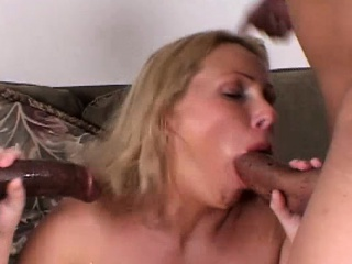 Light-complexioned MILF couldn't win wanting by in the flesh