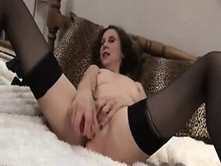 Mommy masturbates Rebbeca from 1fuckdatecom