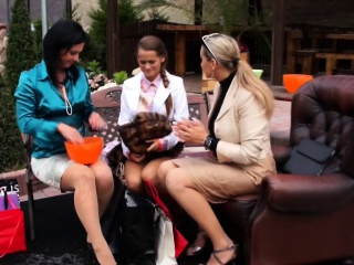 European Lesbians Realize Wet And Messy