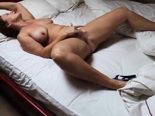 Cougar playing Cherry exotic 1fuckdatecom