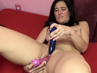 Deliah Dukes fucks the brush full-grown twat with toys