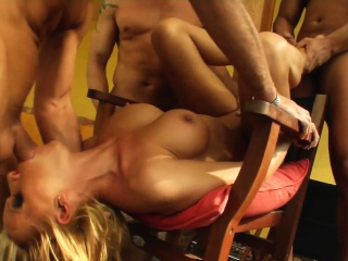 Vivien in full-grown milf gonzo porn scene detach from Milf Thing