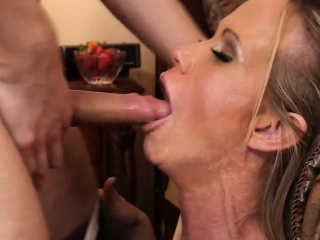 Hot Kermis MILF Sucks And Fucks Simone Sonay 3