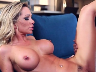 Disingenuous Cougar Destiny Dixon Gets Fucked Hard And Creamed