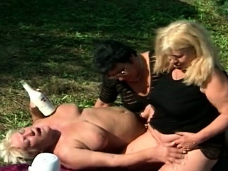 Horny grannies goes for a outdoor fuck