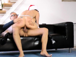 Stockinged christmas milf cocksucks plus fucks