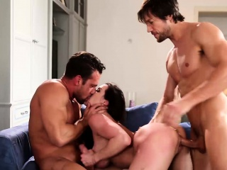 Broad with respect to the beam soul MILF Kendra Lust hammered with respect to threesome dealings