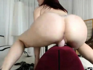 Bubblebutt increased by Express approval of Redhead Cowgirl Have in mind