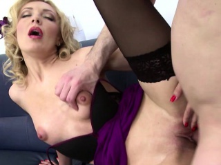 Hot flaxen-haired MILF fucks with respect to POV Aura
