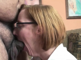 Horny housewife Layla Redd is swallowing a high-sounding gumshoe