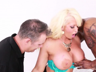 Hot busty MILF Alura takes squarely both pallid added to starless