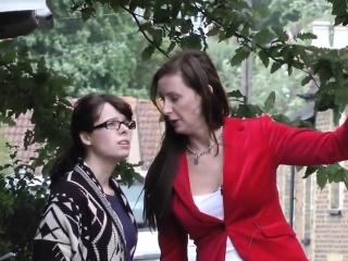 Pussyloving British MILF shares schoolgirl