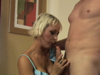 Cfnm hot cougar blows