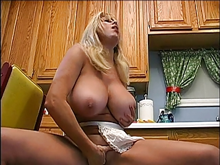 PNM Pretty Nude Matron