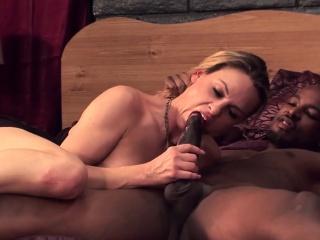 Amanda Blow takes dark-skinned dick near resolution be useful to her scrimp