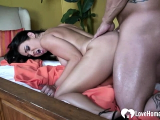 Peer royalty all over big tits loves adjacent to get shagged
