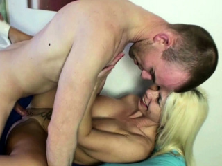 GERMAN Fat Mamma HOT BODY MOTHER Carry the ANAL SEX