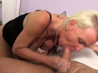 German milf hardcore increased by cum in mouth