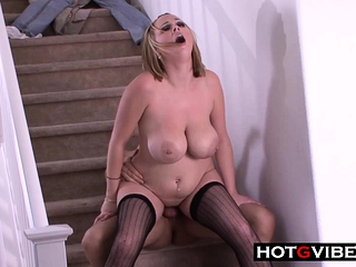Fucked My Obese Tits Auntie on the Staircase