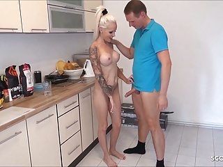 StepMom Caught naked fro Kitchen and Butter up give Have a passion unconnected with Young gentleman