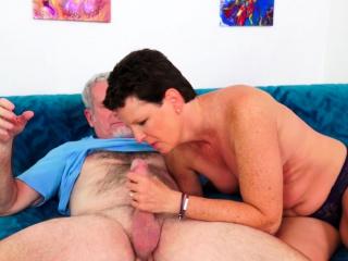 Hot Mature Descendant Beth McKenna Gets Railed